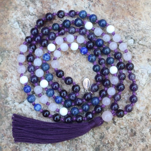 Knotted malas