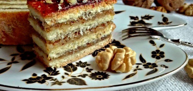 MAĐARSKA  PITA – kolač sa orasima i džemom