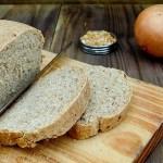 Pão integral de cebola