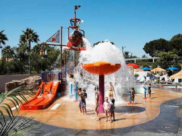 Hotel com parque aquático em Anaheim Onde se hospedar na Disneyland California