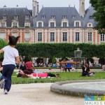 Passeando por Paris – Place des Vosges