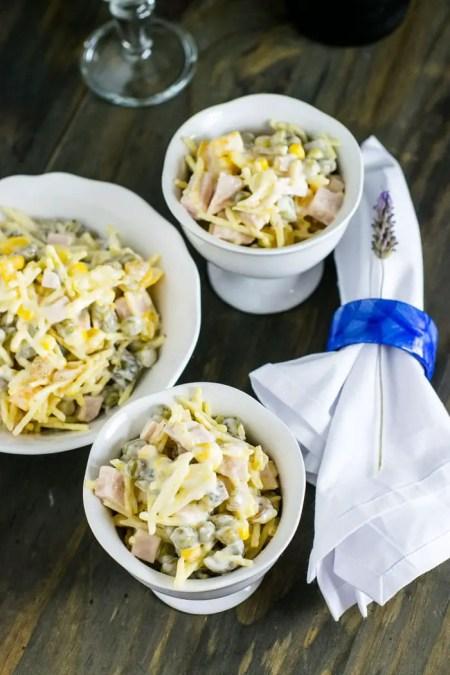 Salada Rápida com Batata Palha | Malas e Panelas