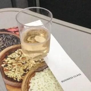 Como é voar na executiva do 787 da American