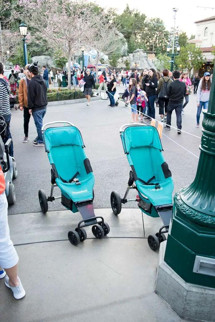 Carrinhos oferecidos na Disney Califórnia