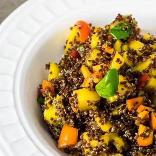Salada de Quinoa e Manga | Malas e Panelas