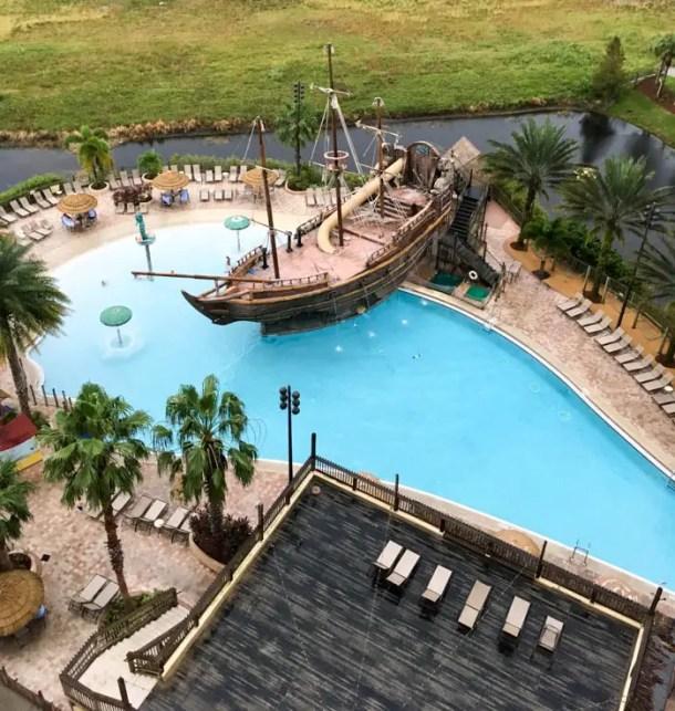 Piscina temática no Lake Buena Vista Resort em Orlando