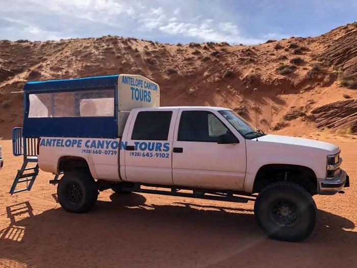 O transporte da sede da Antelope Canyon Tours até o Upper Antelope