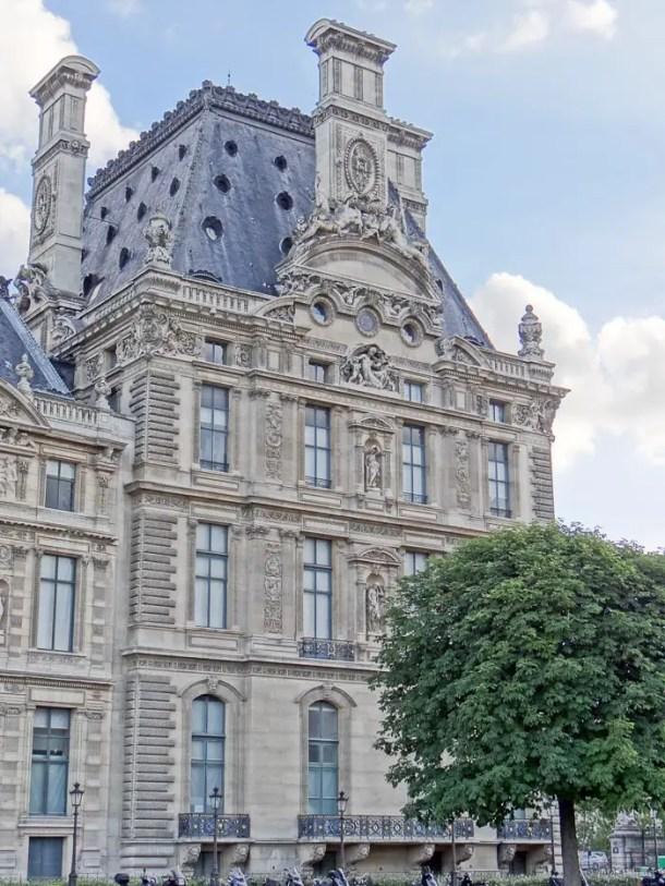 16 Lugares para Visitar em Paris | The Louvre | Malas e Panelas