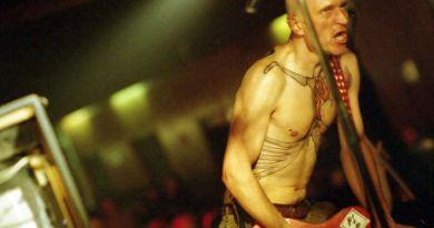 Ex Drummer (2007): Recensione