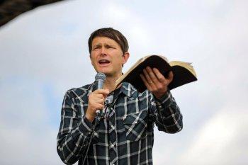 Evangelist Andrew Palau