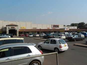 Malawi Lilongwe Game store carjack