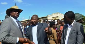 Kondwani Nankhumwa, Peter Mutharika