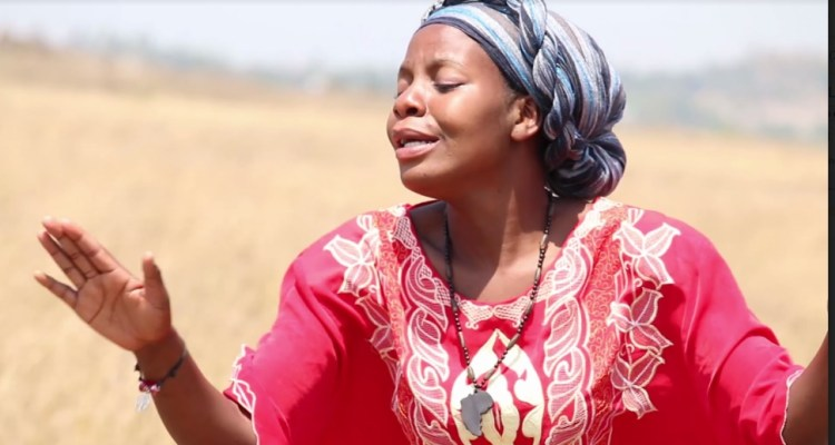 Eliza Mponya