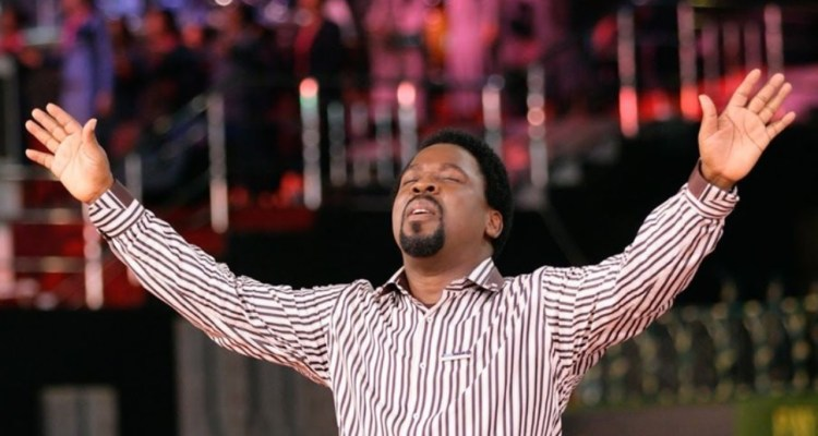 3:52 / 5:01 TB JOSHUA INTRODUCES ANOINTED SONG!!