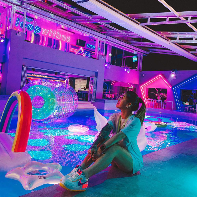 New pool bar in Kuala Lumpur where you can chill on Insta-worthy floaties – Loop KL