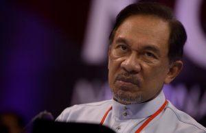 Selasa ini akan menjadi hari penentuan bagi keputusan pengampunan penuh kepada Datuk Seri Anwar Ibrahim.