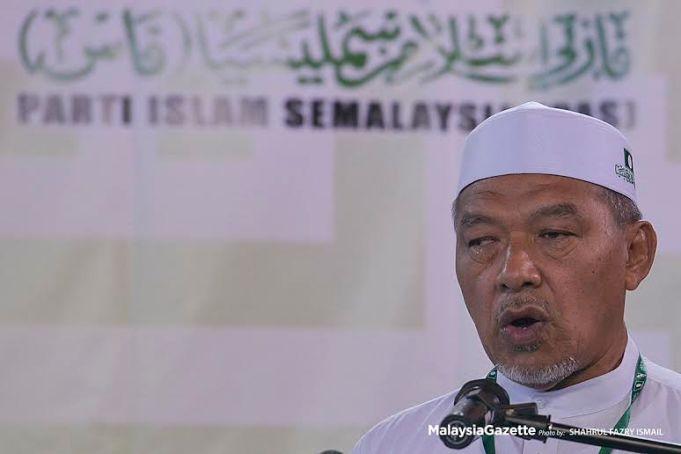 Menteri Besar Kelantan Datuk Ahmad Yakob.