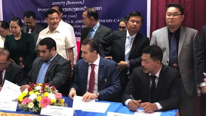 Majlis menandatangani persefahaman (MoU) kemudahan penyenggaraan, pembaikan dan baik pulih (MRO) antara Awan Mega Sdn. Bhd. dan Kerajaan Laos berlangsung di Laos baru-baru ini.