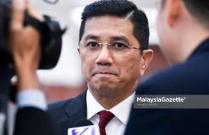 Menteri Hal Ehwal Ekonomi Datuk Seri Mohamed Azmin Ali akan bertemu sekali lagi dengan Menteri Pengangkutan Singapura Khaw Boon Wan esok untuk meneruskan rundingan mengenai projek Kereta Api Berkelajuan Tinggi (HSR) KL-Singapura.