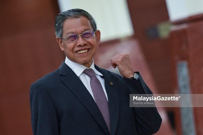 Wakil tunggal Pakatan Harapan (PH) di Kelantan, Datuk Seri Mustapa Mohamed muncul pada hari terakhir persidangan Dewan Undangan Negeri (DUN) Kelantan.