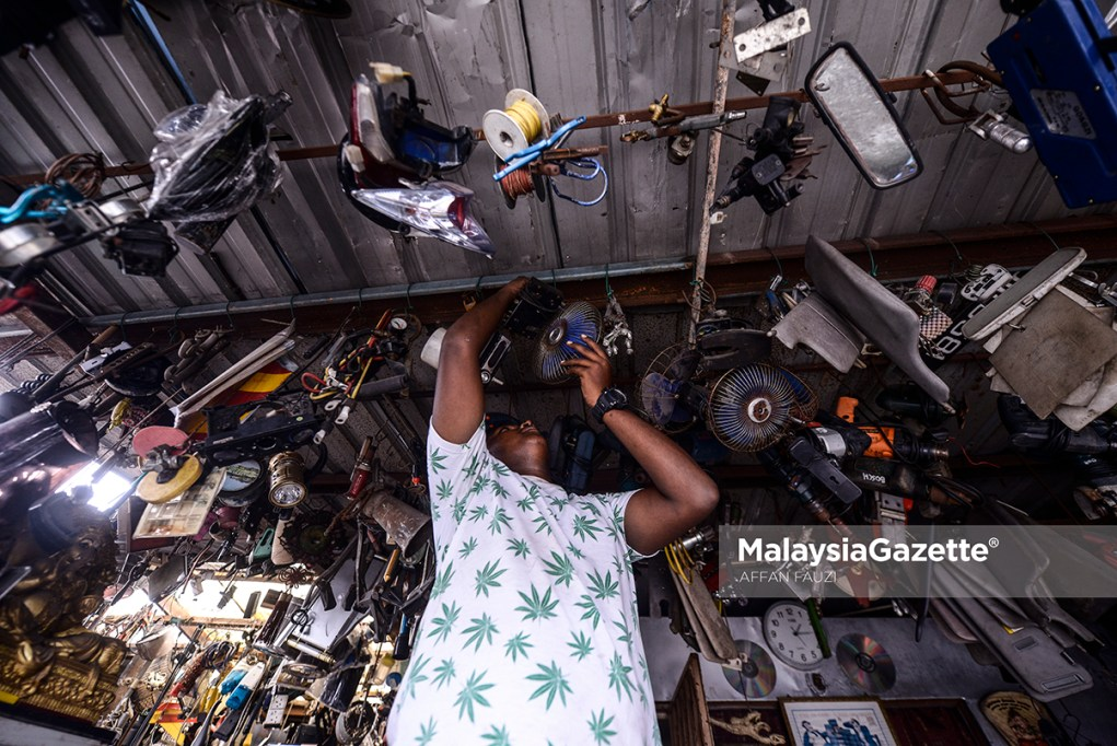 MGF16022019_PHOTO ESSAY SCRAP METAL TRADING AND SECONDHAND35
