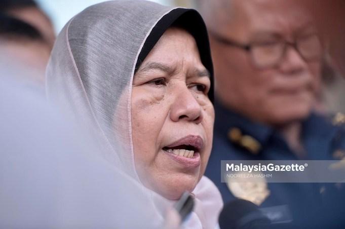 Menteri Perumahan dan Kerajaan Tempatan, Zuraida Kamaruddin.