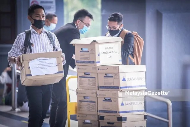 1MDB forfeiture suit The High Court dismissed the application of the government to forfeit RM115 million seized by the police in 2018 from Pavilion Residences. FILE PIX: MalaysiaGazette