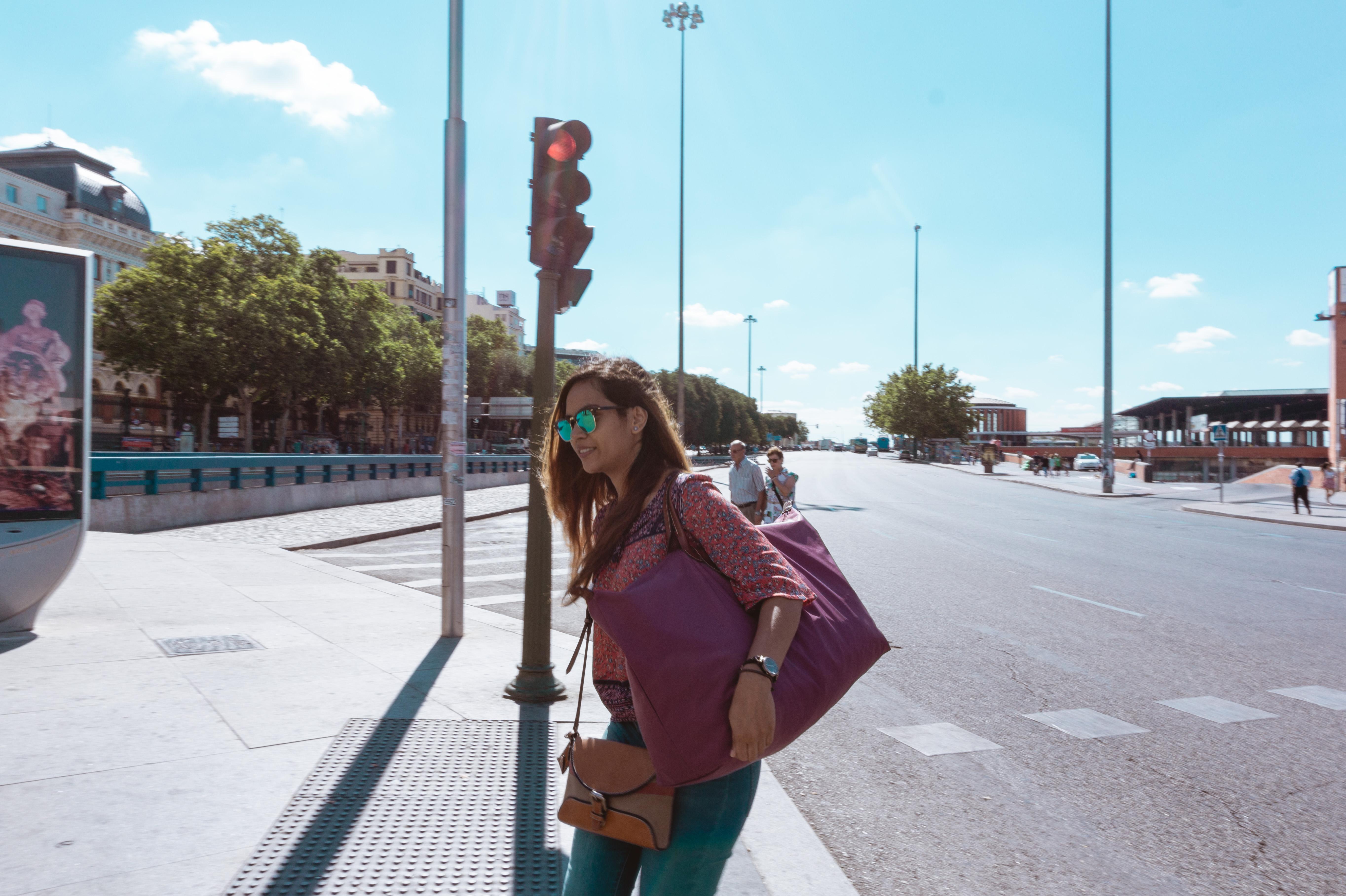 Lightweight Travel Bag: Longchamp Le Pliage Review -