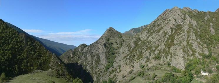 Norís amb la Vall de Tor des del camí de l'Escala Cauba
