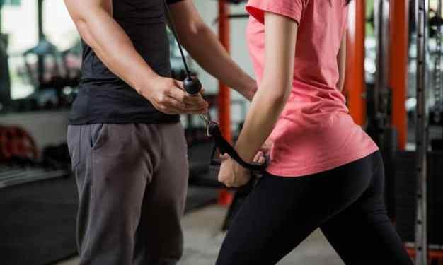 Treino de braço para mulheres