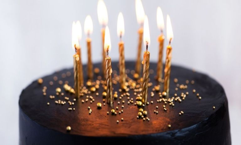 Simple Ways To Celebrate a Family Member's Birthday
