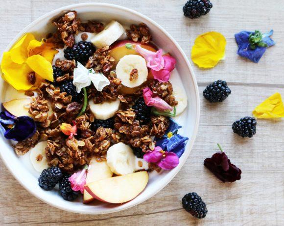 organic granola bowl
