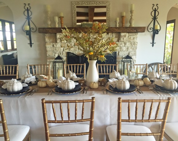 A Rustic + Elegant Thanksgiving Table Setting