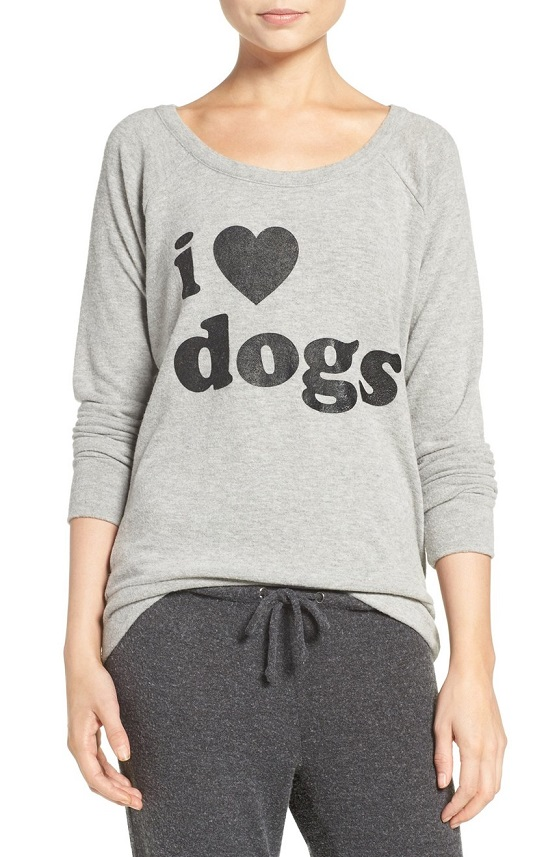 chaser-i-love-dogs-pullover-top-12-22-2016-1