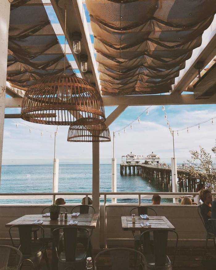 malibu-farm-restaurant-cafe-on-the-pier-by-taylrn-12-1-2016-1