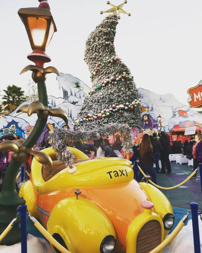 merry-grinchmas-universal-studios-hollywood-by-nwah-12-19-2016-1