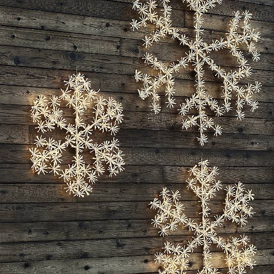 sparkler-oversized-led-snowflake-holiday-decor-outdoor-displays-12-7-2016-2