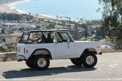 1977 Ford Bronco U-100 302 V8 Wagon