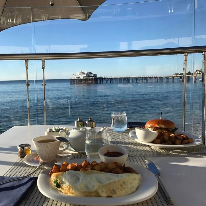 Breakfast with a View of the Malibu Pier from the Malibu Beach Inn