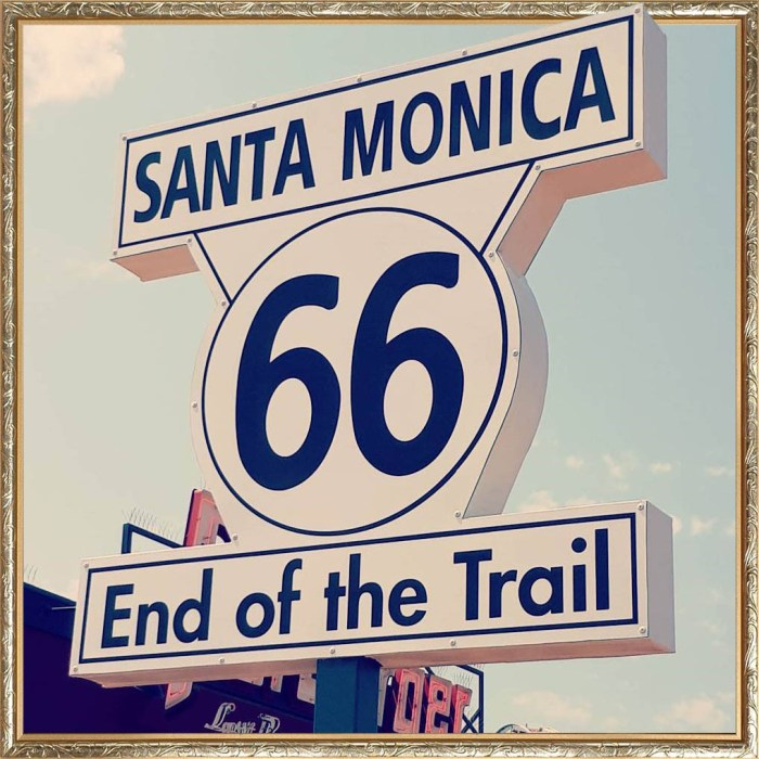 ROUTE 66 Sign on the Santa Monica Pier