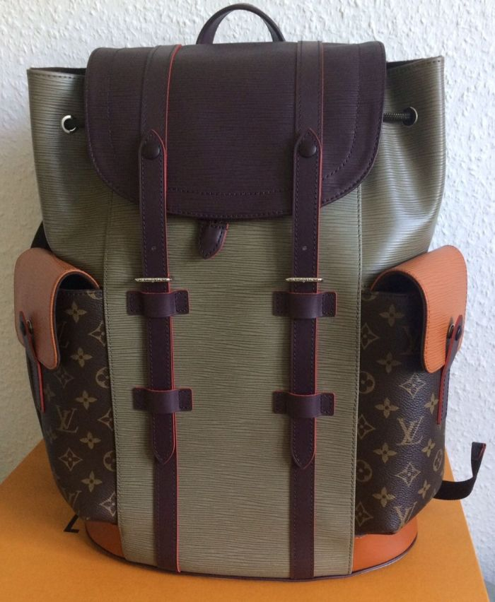 Louis Vuitton Runway FW2017 Patchwork Christopher Backpack PM NWT-Supreme-Show