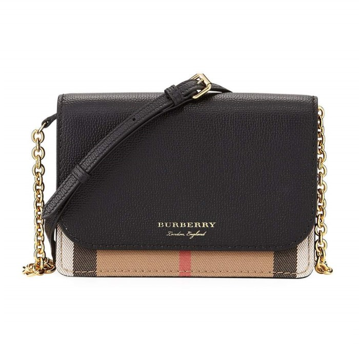 Burberry Hampshire Check Leather Wallet On A Chain Bag