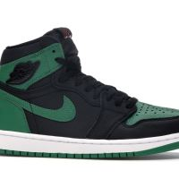 Air Jordan 1 Retro High Pine Green Black Sneakers