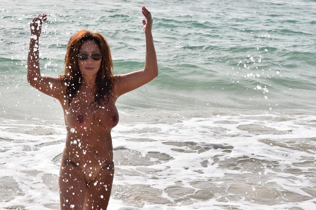 MalibuStringscom Bikini Competition  Jen L  Gallery 3