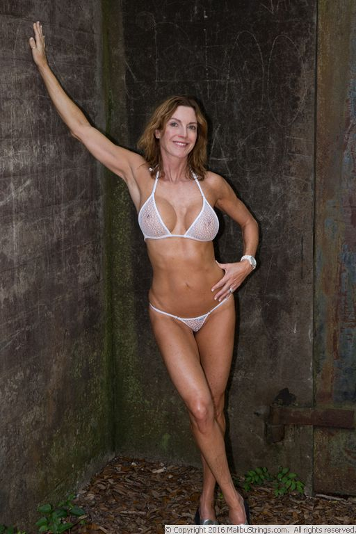 MalibuStringscom Bikini Competition  Sunny  Gallery 2
