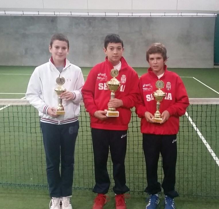 Lazar Danić, Lazar Ignjović i Matija Stančić, prva 3 mesta na Mastersu Teniskog saveza Šumadije i Zapadne Srbije do 12 godina za 2014
