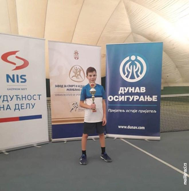 Mali teniser Marko Nešić, Premium tenis Beograd