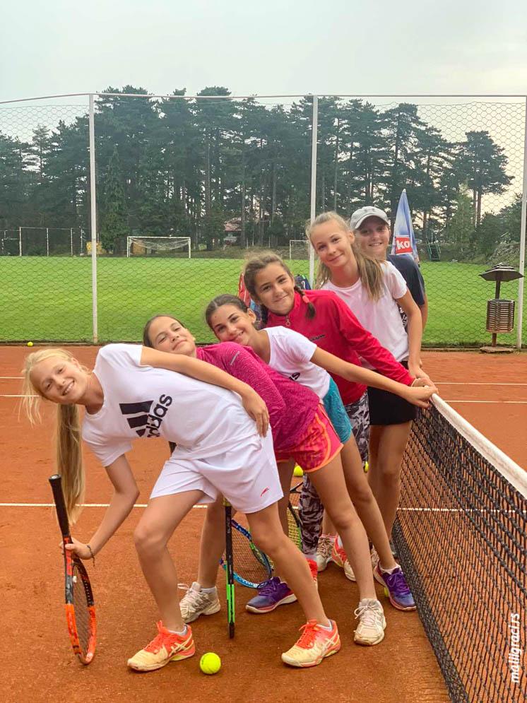Aleksandra Đokić, Petra Dobrodolac, Nađa Muratović, Porodični teniski kamp Tara 2020, Teniski klub Forhend Beograd Vinča