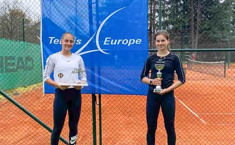 Anđela Lazarević, Rose Marie Nijkamp, PECIN MEMORIJAL 2021 U16, Teniski klub Dinamo Pančevo, Tennis Europe Junior Tour