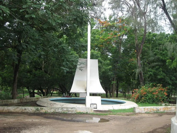 5 Places to take Pictures in Malindi Prince Henry the Navigator Monument - What are the best spots to take pictures in Malindi Kenya?